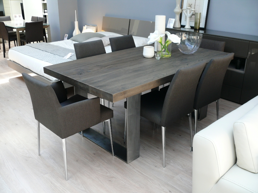 new arrival modena wood dining table in grey wash amodeblog. Black Bedroom Furniture Sets. Home Design Ideas